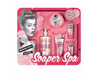 Soap & Glory Soaper Spa Gift Set - Valentines Gift for Her