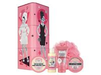Brand new soap & glory gift set - twirl a whirl