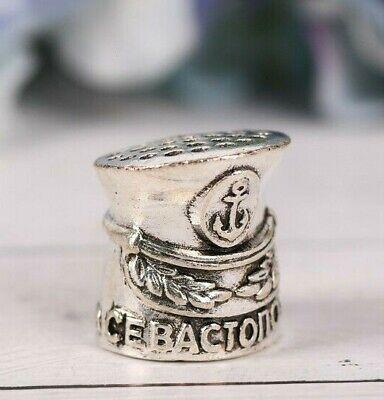 Dé à coudre original en forme de casquette marine russe symbole ville...