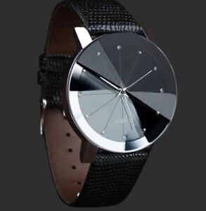 Luxury Quartz Stainless Steel Dial Leather Band Watch