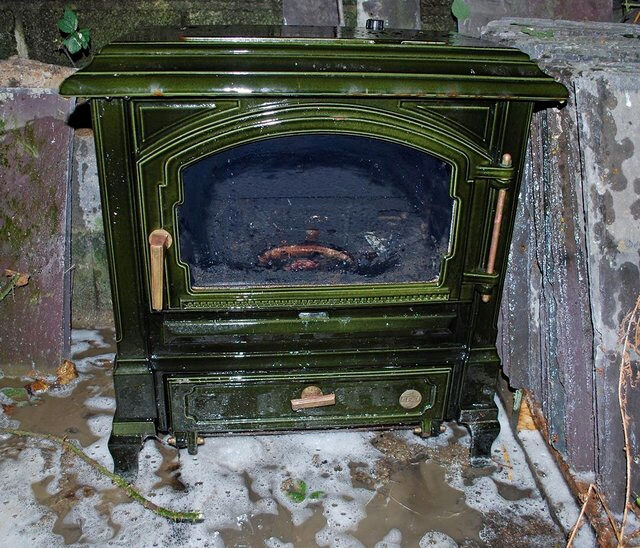 Diesel Space Heater >> OIL FIRED STOVE (BOILER) EFEL | in Lampeter, Ceredigion | Gumtree