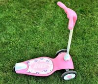 Girl scooter by Radio Flyer pink