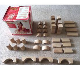 Brio wooden building blanket blocks