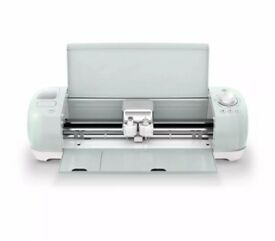 Cricut Explore Air 2 Die Cutter Wifi + Extras!!