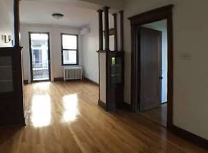Renovated 4 1/2 near MUHC Super Hospital, Available December 1st
