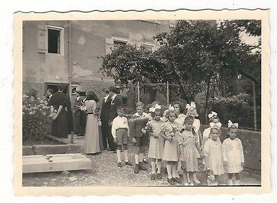 9/466 FOTO HOCHZEIT DEUTSCHLAND UM 1950 KINDER SCHLEIFEN KLEID ()