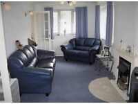 1 three seater and 4 two seater blue, Leather sofa's