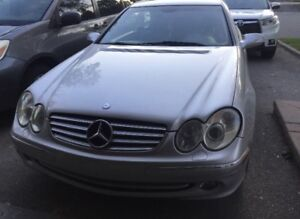 Extra clean 2003 Mercedes-Benz CLK-320 low km only 180k