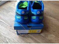 Brooks Pure Cadence 5 running shoes size 7.5 uk