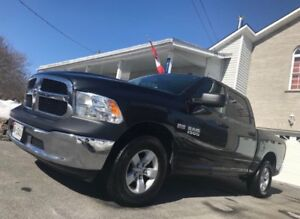 2016 Ram 1500 5.7L Hemi - financing available!