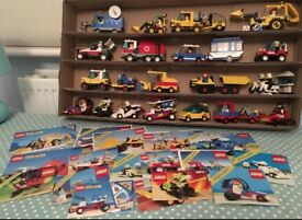 Lego splitting collection and selling vintage 80s 90s