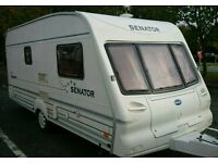 2002 Bailey vermont 2 berth light weight with large end washroom in vgc