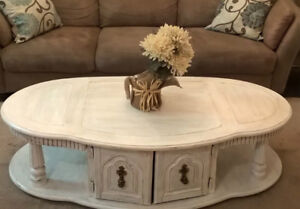 Shabby Chic Large Colonial Coffee Table I DELIVER