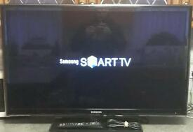 Very nice Samsung 36 inch Smart TV