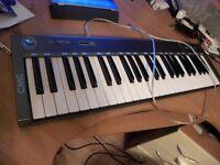 CME M-Key Keyboard Controller