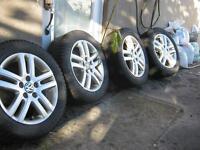 Mags NEUFS d'origine Volkswagen+pneus PERELLI d'hiver 205/55/16!