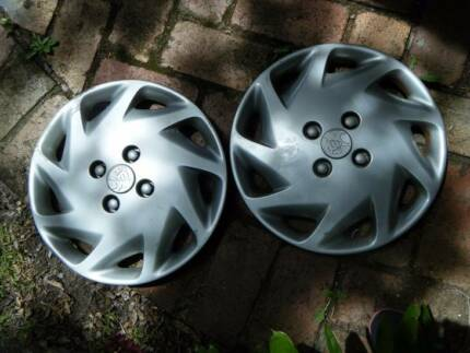 Holden Astra Hubcaps (2) - 1998 model