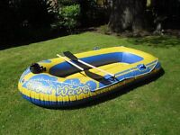 Tidal Wave 500 dinghy - complete with two oars and electric pump, 2.4 metres by 1.10 metres