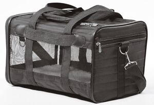 New Sherpa Deluxe Pet Carrier including cotton liner -New Price! St. John's Newfoundland image 2