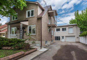 Stylish fully renovated house with a huge garage