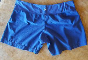 LULULEMON RUNNING SHORTS SIZE 6 IN PERFECT CONDITION