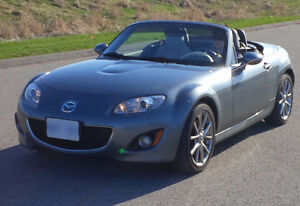 2011 Mazda MX-5 GT Special EDITION (powered hardtop)