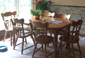 Dining and Kitchen Tables INCLUDING chairs