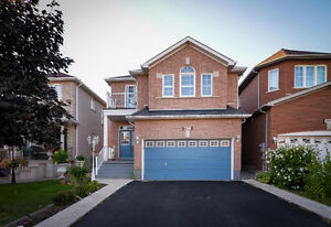 Detach home for lease - Mississauga