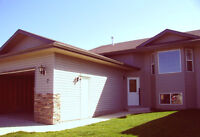 Amazing Full 3 Bed 2 Bath house with yard ONLY $1595.00