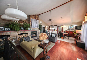Incredible Country Home - NEW PRICE!! Kingston Kingston Area image 3