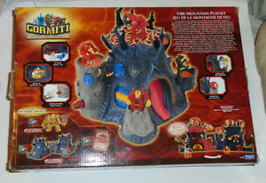 New Gormiti Fire Mountain Playset + exclusive gold figure