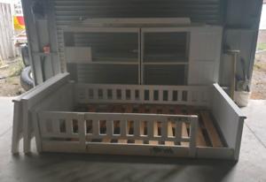 Single loft style bunk bed