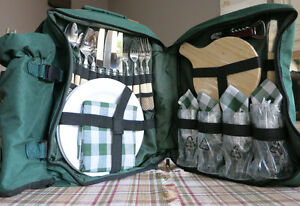 Brand-new Regal Picnic Backpack with plates and utensils