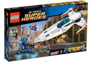 **BRAND NEW LEGO DC SUPERHEROES DARKSEID INVASION #76028**