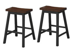 4 Pub chairs never used