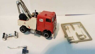 HO SLOT CAR CUSTOM WRECKER TOW TRUCK W/AFX CHASSIS W/EXTRA ANTENNA, MIRROR, -