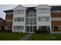 2 bedroom flat in Lavender Court, West Molesley, KT8 (2 bed)