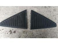 Vauxhall Astra mk2 rear clip on vents *ONO*
