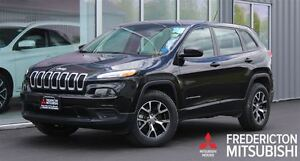 2016 Jeep Cherokee SPORT! V6! 4X4! HEATED SEATS! ONLY 5000 KM!