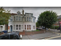 Furnished self-contained studio flat available in Childs Hill, Housing Benefit and DSS accepted.