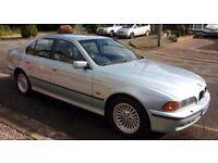BMW 528i, lots of service history, MOT until April 2018