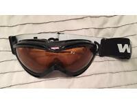Ski goggles black