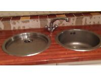 Gas hob worktop lichen doors only sink taps extractor fan