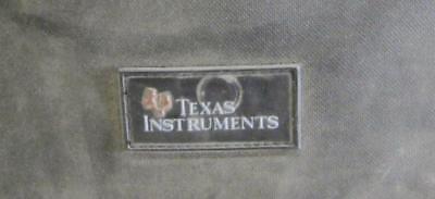 TEXAS INSTRUMENTS BAG/KIT - TI VIEWSCREEN 80, 81, 82, 83, TI-82 CALCULATOR + MO