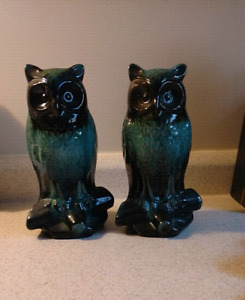 Blue Mountain pottery owls, set of two