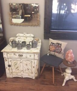 White Distressed Wash Stand Night Stand