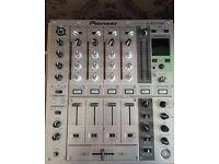 Pioneer DJM 700 Mixer - Silver (Good Condition)