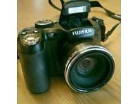 Fuji Finepix S1600 bridge camera
