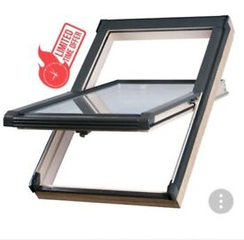 Sunlux 94cm x 78cm roof window complete with tile flashing kit