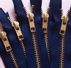 MIXED LOT YKK ZIPS VARIETY OF COLOURS AND SIZES 1200 PIECES CHEAP ASKING PRICE £500